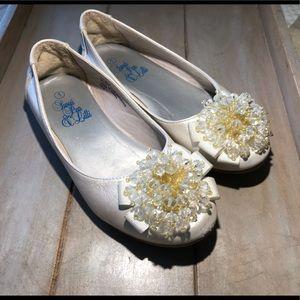 Girls Dress Shoes EUC